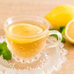 7 bonnes raisons de boire de l'eau citronnée le matin